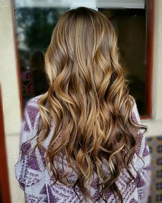 33 trendy ombre hair color ideas of 2019 - Hairstyles Trends Balayage Hair Brunette Caramel, Balayage Hair Copper, Balayage Hair Caramel, Caramel Hair, Hair Color Dark, Ombre Hair Color, Hair Color Trends Balayage, Medium Length Blonde, Hair Videos