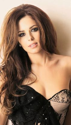 Today is Women Day so I present you a real woman, Cheryl Cole! :333333333 I wanted to describe her... But this is enough to take a look at her :>