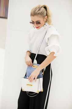 HOW TO WEAR PLEATED PANTS