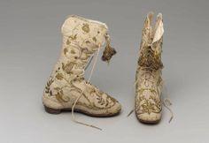 Italian children's boots. 1550-1650.
