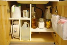 Organizing Under the Kitchen Sink {Clutter-Free Challenge}. like this set up Under Kitchen Sink Organization, Diy Organization, Organized Kitchen, Organizing Life, Organizing Ideas, Painted Tin Cans, Kitchen Sink Design, Kitchen Sinks, Bathroom Towel Decor