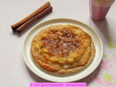 Aujourd'hui, je vous propose uneTarte fine à la Rhubarbe avec une crème pâtissière Vegan