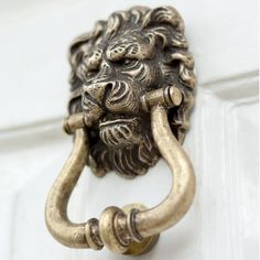 This #Brass #Lion'sHead #DoorKnocker adds a little bit of character to any #frontdoor