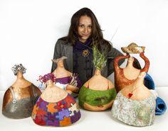Carlotta Parisi Paper Mache Clay, Paper Mache Crafts, Paper Mache Sculpture, Clay Art, Sculpture Art, Ceramic Figures, Ceramic Art, Paperclay, Gourd Art
