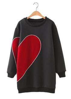Round Neck Heart Print Long Sleeve Black Sweatshirt