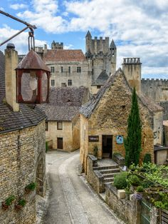Dordogne, France  photo via jennette