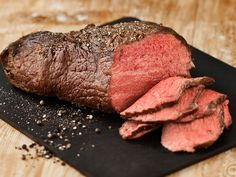 Eat To Live, People Eating, Steak, Food And Drink, Beef, Baking, Recipes, Koti, Hamburgers