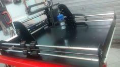 Lançamento da Cnc Motion fresadora com area útil de usinagem de 800x500x100mm. Sistema de pórtico móvel, máquina em Aço perfeita para suas usinagens