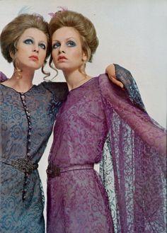 Pattie Boyd and Twiggy for Vogue Italia, 1969. Photoby Justin de Villeneuve.