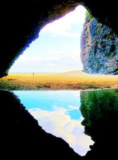 Kalalau Beach Cave - Kauai, Hawaii