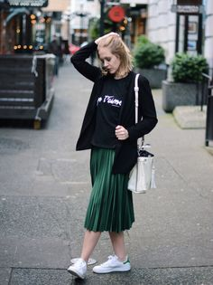 Midi skirt - Adidas Stan Smith - Black blazer - A PIECE OF ELISE