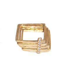 square_gold_diamonds.jpg