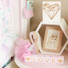 L O V E  . I am LOVING this pic by @mystyleddream of her gorgeous Daughter Estela's room  featuring our Mini Heart in custom pink & gold ✨ . Tap for the shop details  . #handmadelove #supportsmallbusiness #supporthandmade #mumssupportingmums #handmadeforlife #madeinmelbourne #decor #decorinspo #interiorinspo #interiordecor #nursery #nurserydecor #girlsroom #girlsroominspo #girlsroomdecor #boysroom #boysroomdecor #boysroominspo #pretty #unicorn #pastel #funky #new #stringart #wallar...