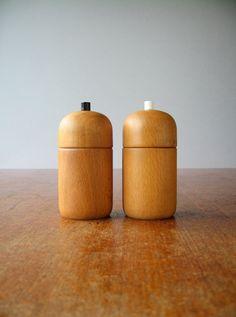 Vintage Danish Modern Pepper / Salt Mill / Grinder by luola