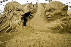 PICTURES: Sands of time bring together Sherlock and Lord of Rings Love The Lord, Lord Of The Rings, Lord Rings, Sand Sculptures, Lion Sculpture, It Service Desk, Jrr Tolkien, Sand Art, Art Festival