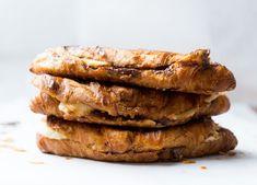 croissants nutella banaan Croissants, Nutella, Scones, A Food, Sausage, French Toast, Sandwiches, Deserts, Pork