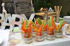 love the jars with veggies, easy and yummy