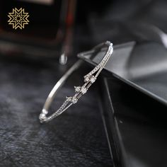 Manubhai Jewellers Collection  Shop Bangles, Chain, Necklace, Ring, Diamonds, Gold jewellery  Borivalu, Mumbai  manubhai.in Bridal Bangles, Bridal Necklace, Bridal Rings, Diamond Bracelets, Diamond Rings, Bangle Bracelets, Manubhai Jewellers, Quality Diamonds, Gold Set