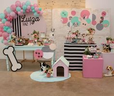 Puppy Birthday Cakes, Dog Birthday, 2nd Birthday Parties, Party Table Decorations, Balloon Decorations, Birthday Decorations, Puppy Cake, Happy Party, Animal Birthday