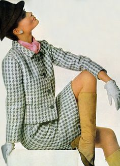 Veruschka by Penn. Sixties Fashion, 60 Fashion, Colorful Fashion, Fashion Photo, Retro Fashion, Vintage Fashion, Womens Fashion, American Fashion, Vogue Vintage