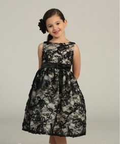 Girls lace dress| Goth Flower girl idea