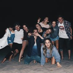 Squad goals discovered by raquel on We Heart It Friend Group Pictures, Group Of Friends, Cute Friends, Best Friends, Squad Pictures, Squad Photos, Bff Pictures, Photos Bff, Best Friend Pictures