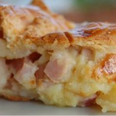 Potato pie with gruyere and ham Greek Recipes, Desert Recipes, Cookbook Recipes, Cooking Recipes, Easy Recipes, Food Network Recipes, Food Processor Recipes, My Favorite Food, Favorite Recipes