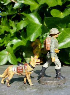 Lineol Elastolin Sanitäter mit Hund Hundeführer Soldat 2.Weltkrieg 7cm, | eBay