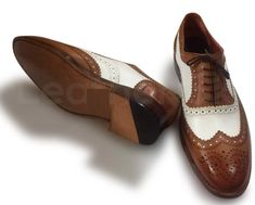 Men Brown White Two Tone Oxford Brogue Wingtip Genuine Leather Shoes - Leather Skin Shop Two Tone Brogues, Tan Brogues, Oxford Brogues, Oxford Shoes, Handmade Leather Shoes, Suede Leather Shoes, Leather Skin, Purple Leather Jacket, Shoes Men