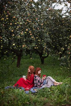 In the apple orchard. Lifestyle Photography, Fine Art Photography, Fantasy Photography, People Photography, Apple Farm, Find Color, Show Photos, Country Life, Senior Pictures
