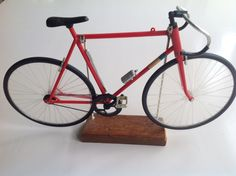 Fixed gear bike shop decoration.....ca 30 cm long and 20 high....iT works also....
