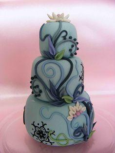 mini gumpaste cake