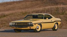 1970 Dodge Hemi Challenger ...  Maintenance/restoration of old/vintage vehicles: the material for new cogs/casters/gears/pads could be cast polyamide which I (Cast polyamide) can produce. My contact: tatjana.alic@windowslive.com