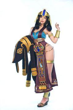 Excellent Nefertiti Cosplays by Doremi For Civilization Online: