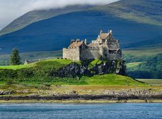 """pagewoman: """" Duart Castle,Isle of Mull,Inner Hebrides,Scotland. photo by wivvy """" Beautiful World, Beautiful Places, Amazing Places, Clan Castle, Chateau Medieval, Orkney Islands, Queen, Great Britain, Places To See"""
