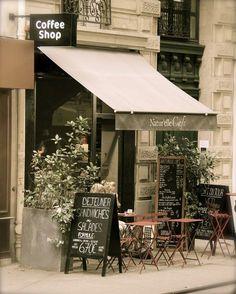 Paris Cafe - a walk down the streets of Paris n end it with coffee! Paris Cafe - a walk down the str French Coffee Shop, Vintage Coffee Shops, French Cafe, French Bistro, Paris Coffee Shop, French Food, Vintage Cafe, Restaurant Design, Deco Restaurant