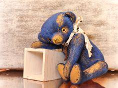 Gelian  (ooak author teddy bear, artist teddy bear, vintage bear) by TeddyBearsByJulia on Etsy https://www.etsy.com/listing/209822750/gelian-ooak-author-teddy-bear-artist