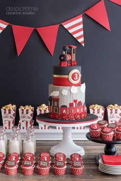 Cho Cho Train Party More (beautiful birthday cakes for boys) Train Birthday Party Cake, Boy Birthday, Train Party, Birthday Ideas, Pirate Party, Zug Party, Bolo Fack, Beautiful Birthday Cakes, Cakes For Boys