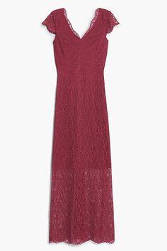 L'abito lungo è ideale sia di giorno che di sera. Ti dona #glamour ed eleganza! | Abiti lunghi estivi. 25 idee per essere eleganti anche in piena estate