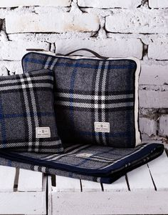 Red Lychee Ambassador Travel Set is made from the finest tartan plaid wool, finished with contrasting trims and natural leather elements.