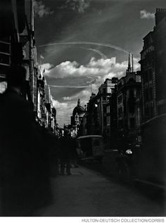 Traces of a dogfight over St. Paul's, 1940