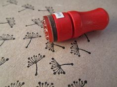 This stamp + fabric paint to stamp on linen? #stampcarving #Linocut Fabric printing