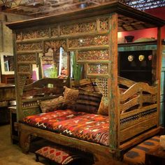 Beds & Daybeds | Arteak Interiors