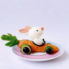 Like 479 times, 103 Comments - A mom for 2 & 2 - Food Carving Ideas Cute Snacks, Cute Food, Yummy Food, Food Art For Kids, Breakfast Plate, Food Carving, Vegetable Carving, Food Garnishes, Food Decoration