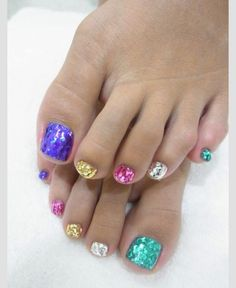 Pin by t t on toesies cute toe nails, glitter toes, nails. Cute Toe Nails, Fancy Nails, Love Nails, Diy Nails, Sparkle Nails, Trendy Nails, Pedicure Nail Art, Toe Nail Art, Pedicure Ideas