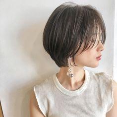 ショートボブの匠 // 山内 大成 TONSOKUさんはInstagramを利用しています:「#ハンサムショート ⭐︎ 小顔かわいい 愛され 耳掛け ショートボブ☺︎✂︎💖 ・ 自然でかわいい、ナチュラルにながれる、収まりのいいショートボブスタイルです☺️ ・ 一人一人に合わせたヘアスタイルを提供します♪♪♪ ・ ・ ご覧頂きありがとうございます😊 Ramie…」