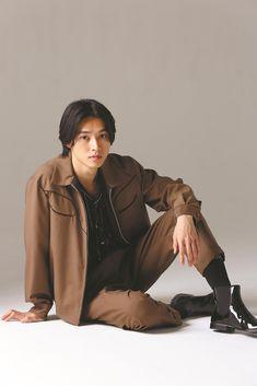 Cute Japanese Boys, Japanese Men, Japanese Drama, Pretty Men, Pretty Boys, Beautiful Men, Actors Male, Asian Actors, Actors & Actresses