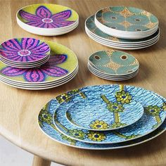 Afro chic - African print shine on the table