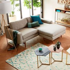 West Elm offers modern furniture and home decor featuring inspiring designs and colors. Create a stylish space with home accessories from West Elm. Small Sectional Sofa, Leather Sectional, Sleeper Sofas, Small Sectional With Chaise, Modern Sectional, Loveseat Sofa, Armchair, Living Pequeños, My Living Room