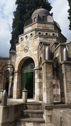 Kriegerdenkmal Barcelona Cathedral, Building, Travel, Summer, Viajes, Buildings, Destinations, Traveling, Trips